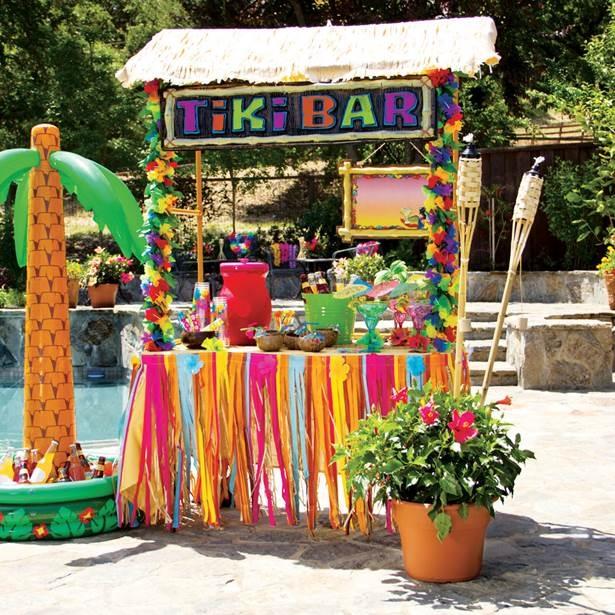 Hawaiian Tiki Hut Bar